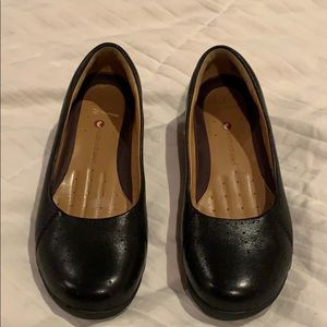 Clark's Artisan unstructured black leather flats